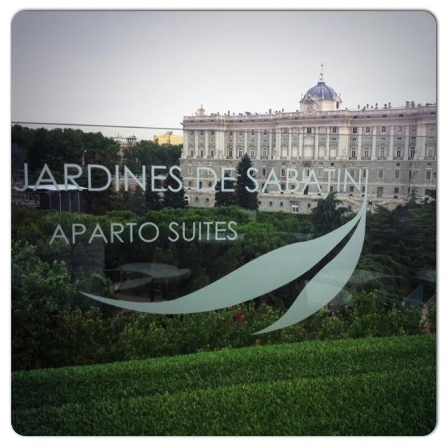 TERRAZA APARTO SUITES JARDINES SABATINI. (1/6)