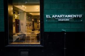 El Apartamento. Restaurante.