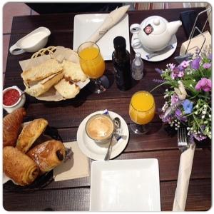 La Rollerie desayuno