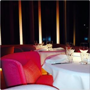 The Hall suite rosé