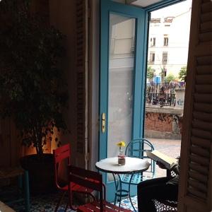 VACACIONES Bar ventanal