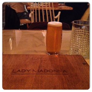 LADY MADONNA carta