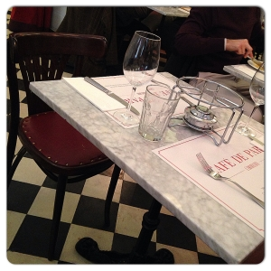 CAFE DE PARIS mesa II