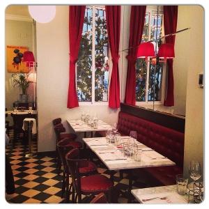 CAFE DE PARIS salón